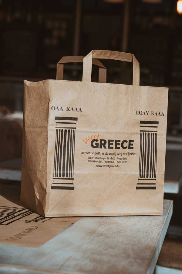 im-sweet-GREECE-in-Dresden-gives-all-meals-also-for-take-away